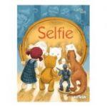 Selfie ( Editura: Art Grup editorial, Coord. Florentina Sâmihăian ISBN 978-606-788-449-4 )