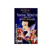 Snow White and the Seven Dwarfs(editura Longman isbn:1-8442-2037-0)