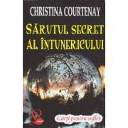 Sarutul secret al intunericului ( Editura: Lider, Autor: Christina Courtenay ISBN 978-973-629-358-0 )