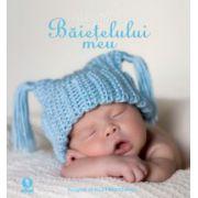 Albumul baietelului meu ( editura: Arthur, ISBN 978-606-8044-03-3 )