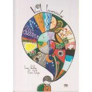 Visul Licuriciului ( Editura: Via, Autor: Laura Pamfiloiu, Flavia Chiper ISBN 978-606-93199-7-0 )