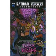Batman / Teenage Mutant Ninja Turtles Adventures: The Terror of the Kraang ( Editura: Raintree/Books Outlet, Autor: Matthew K. Manning ISBN 9781474766524)
