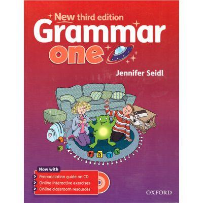 Grammar one (editura: Oxford, autor: Jennifer Seidl, ISBN 9780194430333 )